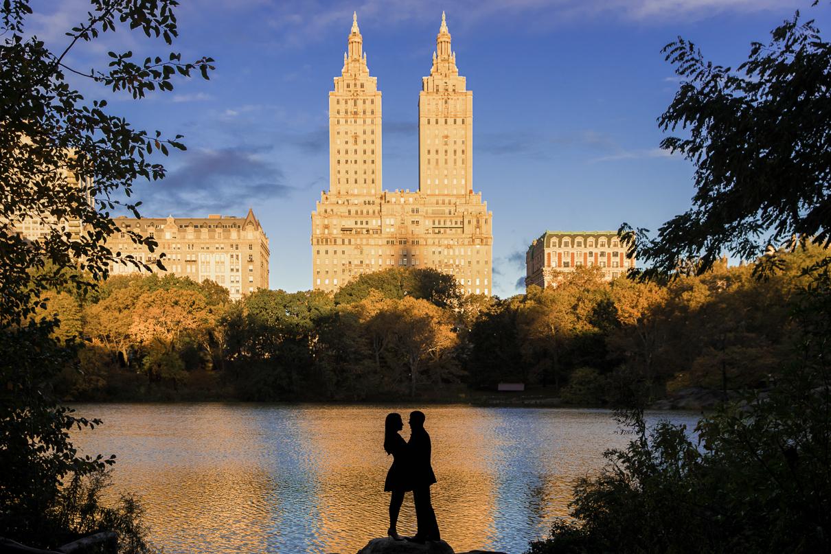 NYC Wedding Photographer Central Park engagement photos