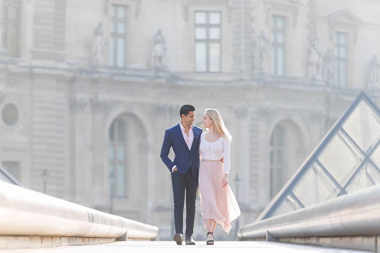 Paris photographer Paris pre-wedding photos Bridges in Paris