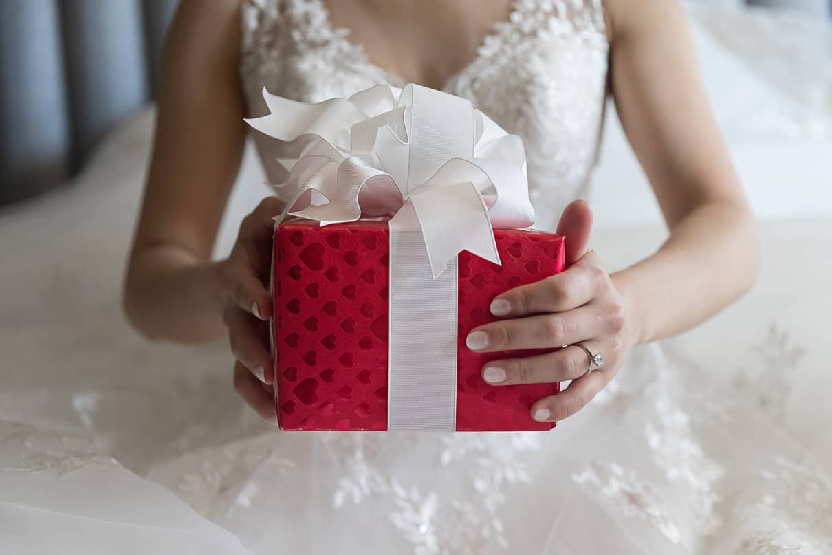 Wedding ideas and gifts for the wedding day