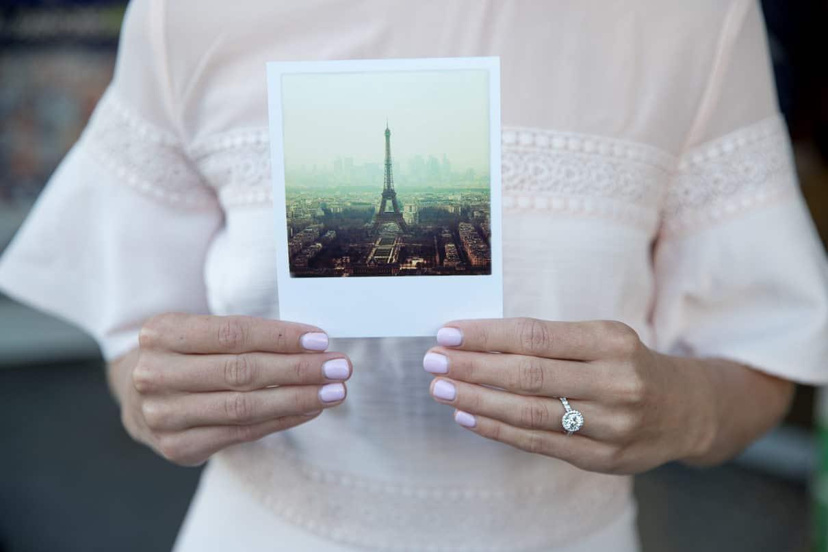 Paris photographer paris engagement photo ideas