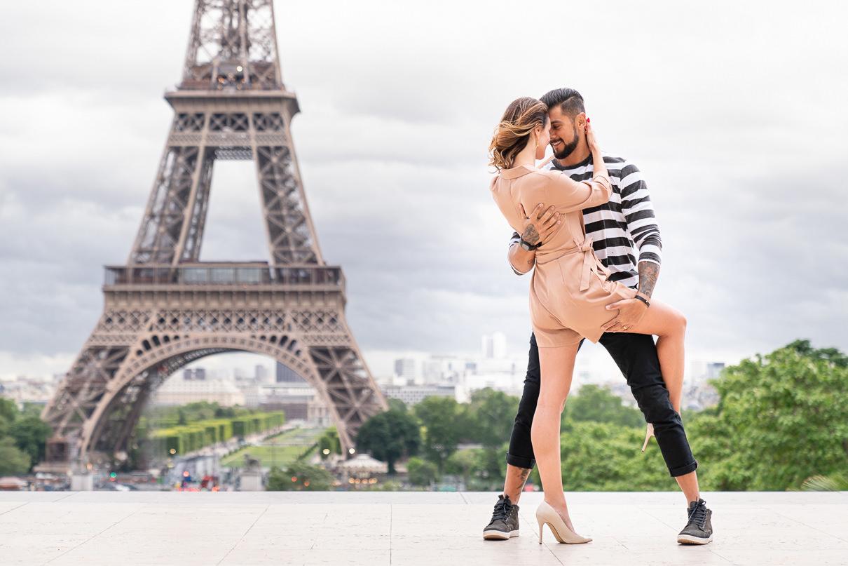 Eiffel Tower Paris engagement photos at Trocadero