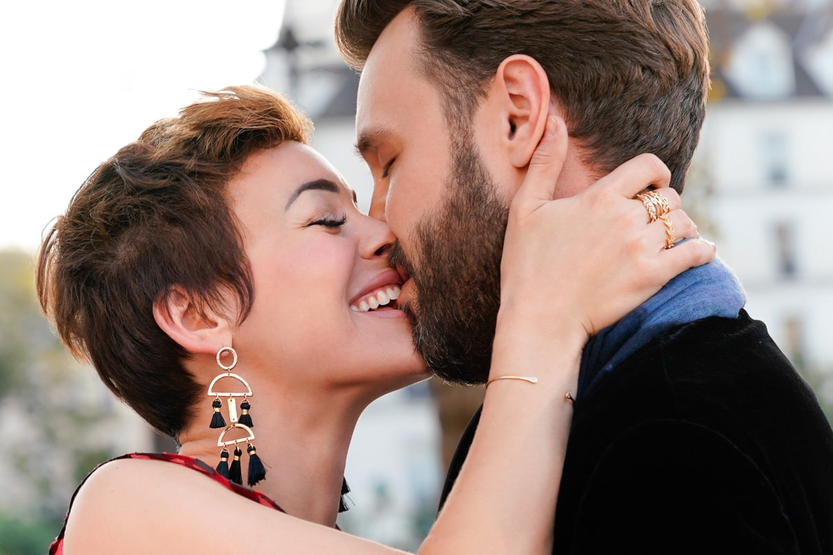 Paris engagement photos at Notre Dame
