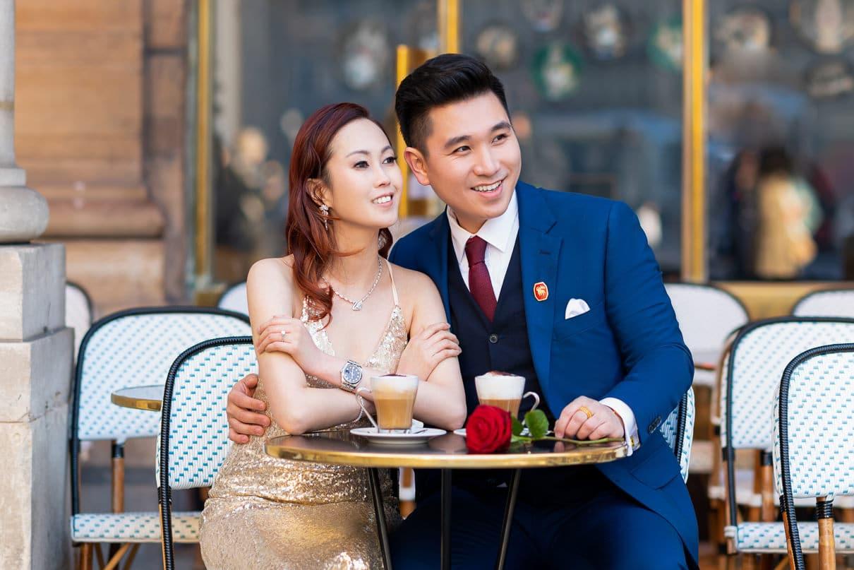 Paris photographers Engagement photos at a Parisian Cafe